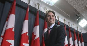 justin-trudeau-canadian-flags